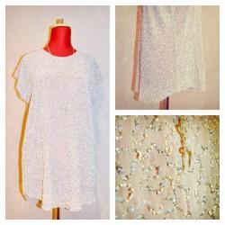 Шифоновая блуза, декор ручной роботы (в наборе с майкой) цвет кремовый.
