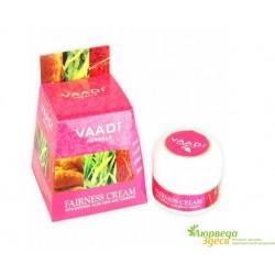 Осветляющий крем с Шафраном, Алоэ Вера и Куркумой, Ваади, Vaadi Herbals Fairness Cream Saffron, Aloe Vera & Turmeric Extracts