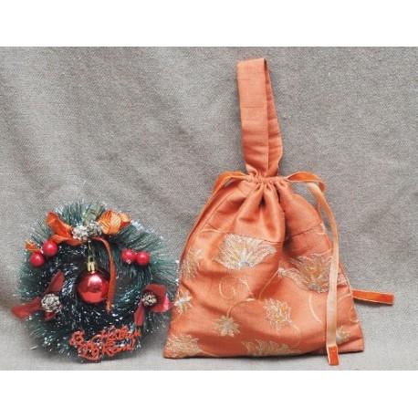 Мешочки для подарков с ручкой вискоза-шёлк, золотистые, ручная работа