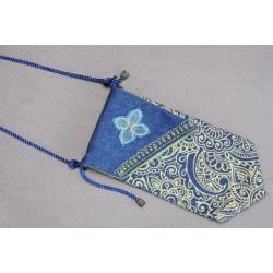 Джинсовая сумочка, изделие ручной работы
