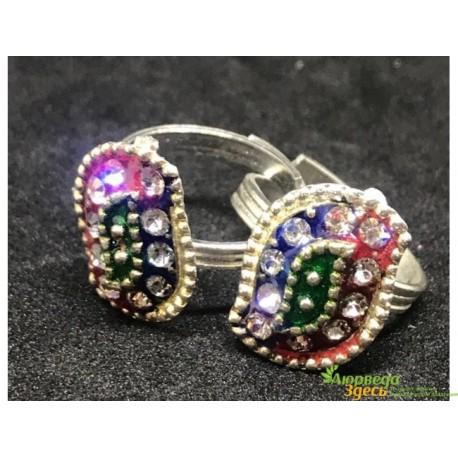 Кольцо со стразами 3 см. цвета в асс.белый металл, Индийская Бижутерия!